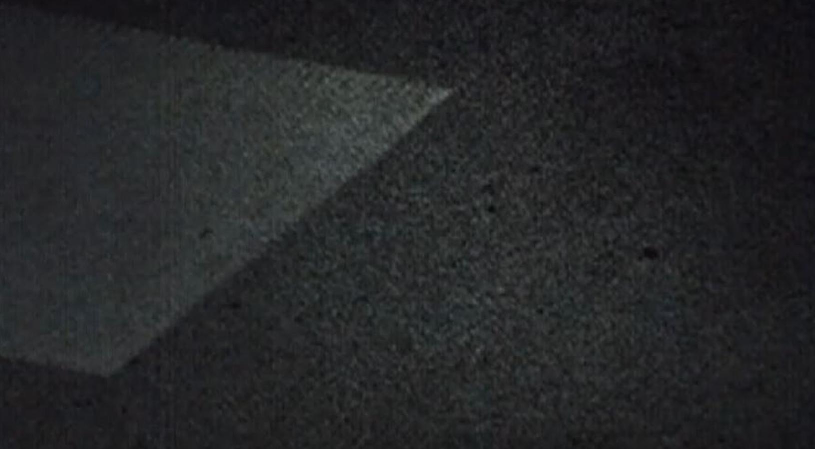 Le nettoyage laser au ralenti en vidéo